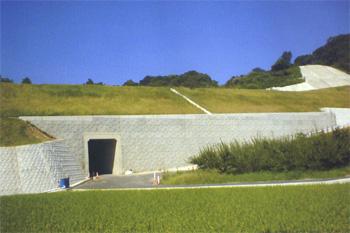 アデムウォール工法 壁面あと施工タイプ