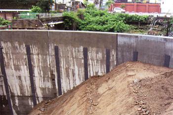 構造物裏面排水工 施工例2