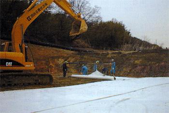 軟弱地盤盛土補強工法-施工例3