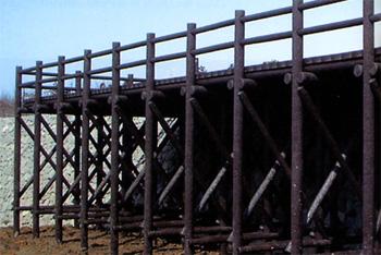 プラ擬木 デッキ/八つ橋 施工例0