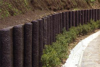 プラ擬木 土留 施工例0